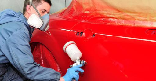 Paint gun for a car painting