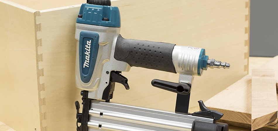 Best-Nail-Guns-For-Crown-Molding