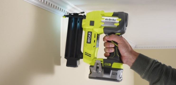 Things to Consider Before Buying a Nail Guns for Crown Molding