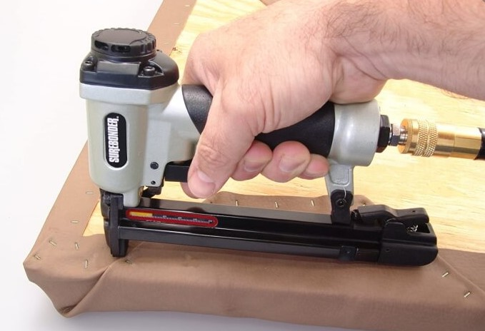 How to Choose the Right Staple Gun for Picture Framing